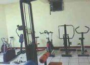 Aparatos de gimnasio de uso rudo