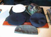 Gorras y boinas tipo militar