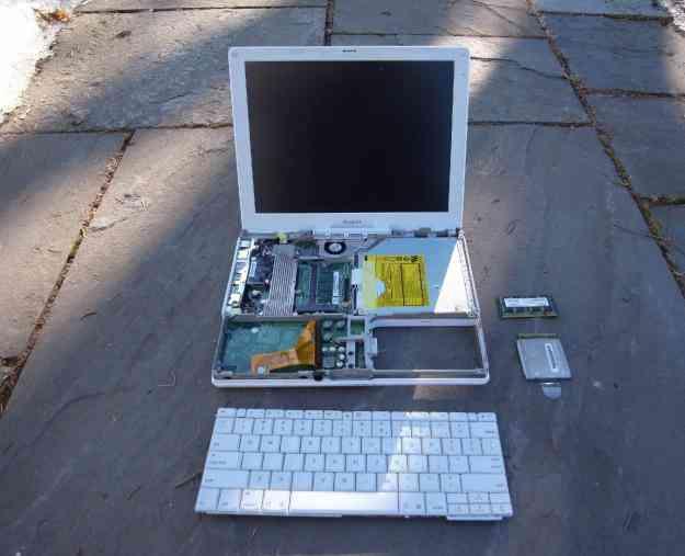 Mac iBook G4 partes