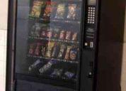 Vendo máquina expendedora de botanas. colocada