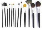 Set de 32 brochas para maquillaje