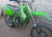 Kawasaki 1999   80cc  de salto