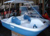 Botes  de pedales  para lagos rios o parques  acuaticos