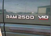 98 dodge ram 2500 dr laramie slt  4x4  8.0l magnun  v10  vendo  o cambio  por terreno