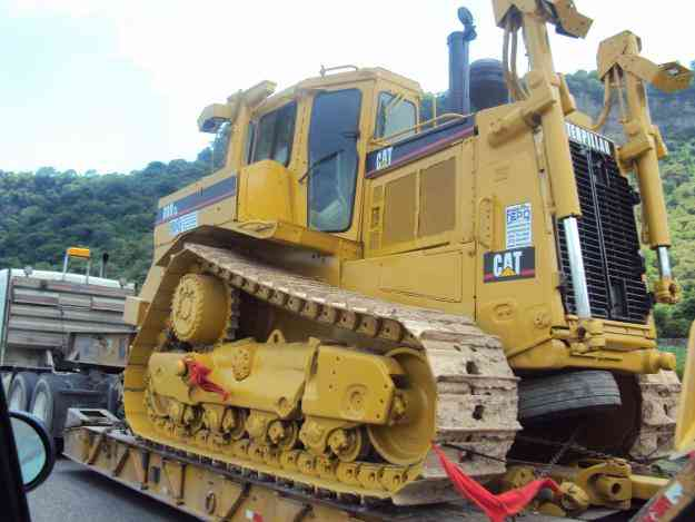 caterpillar d 8 n, tractor john deere 5715