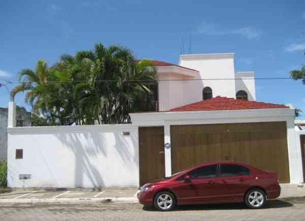 Bonita y amplia casa en renta sin muebles lomas de for Casa lomas muebles