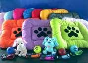 Por solo $135 te llevas 2 camas para perro+1collar+1correa+1 pelota, todo por solo $135