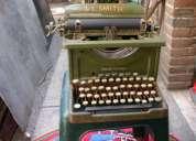 Maquina de escribir  antigua rara hermosa
