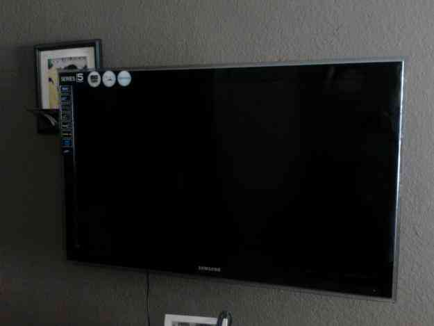 TV LCD DE 42 PULG. MARCA SAMSUNG SERIE 5 FULL HD ENTR. USB 6500 PESOS