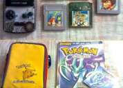 Paquete: gameboy color + 5juegos pokemón, maleta y guia de pokemon