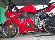 Vendo preciosa yamaha r6 2003 color roja