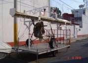 Remolque plataforma con rampa y grua
