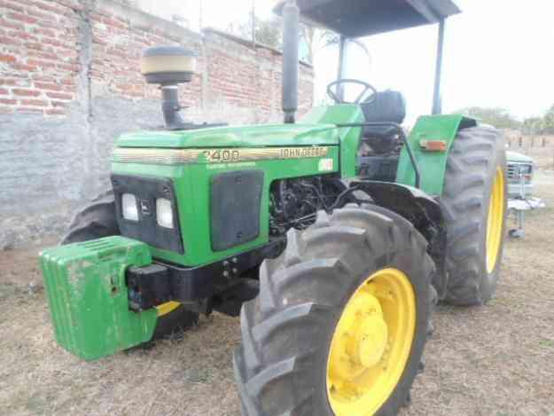 tractor john deere  2400 4x4 año 2000  precio 179,000