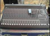 Vendo mezcladora mackie de 24 canales