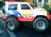 Camioneta de control remoto cross country en color gris $ 450.00