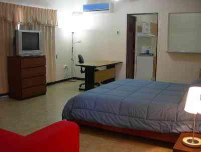 Renta cuartos a estudiantes mujeres cerca de unidad for Alquiler de habitaciones para estudiantes