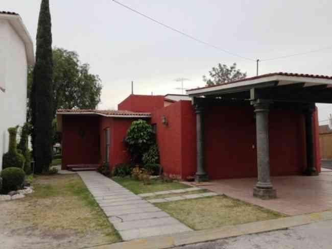 Se renta casa en 1100 valle de puebla mexicali valle del for Casas en renta en puebla