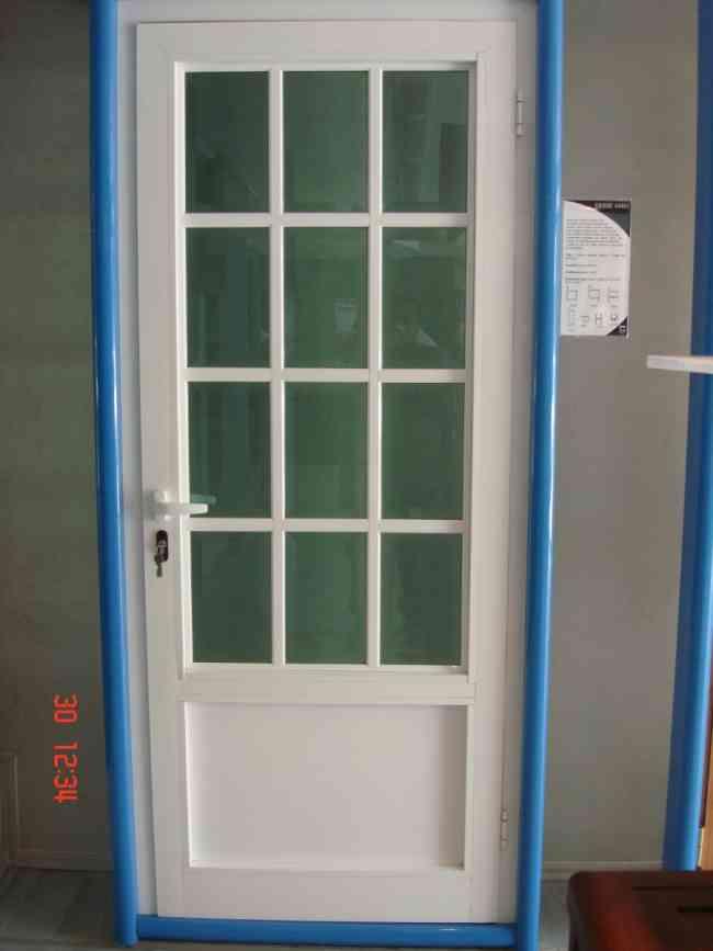 Reparacion de puertas y ventanas de aluminio y vidrio for Puertas en aluminio