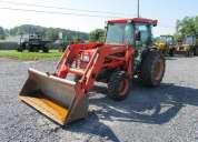 Kubota l4610 4x4 compact tractor funciona bien