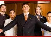 Cocinero, camarero, camarera, camarero, conductor, recepcionista necesarios.