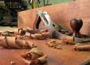 Solicito carpintero y barnizador urgeee