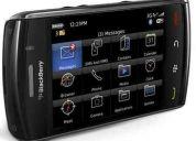 Remato blackberry storm 2 nuevo,  incluye accesorios