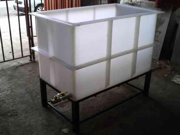 Vendo tina de fibra de vidrio gustavo a madero hogar for Vendo muebles de jardin