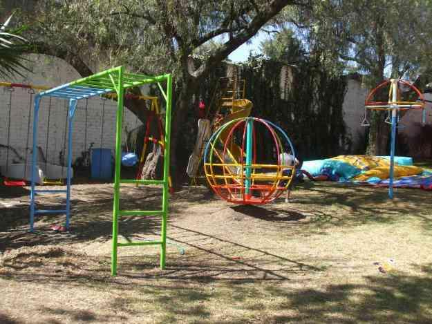 Juegos tubulares de jardin pasamanos volantin esfera jiratoria cuautitl n izcalli juguetes for Juegos para jardin nios
