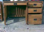 Venta de  escritorio de madera buen estado