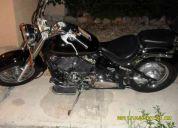 Vendo moto yamaha drag star 2001 650 c.c. urge