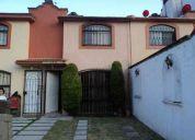 Bonita casa de 2 niv., 3 rec., 1.5 baÑos, protecciones y en privada