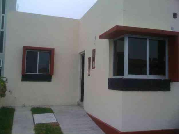 Clasificados departamento casas en alquiler en capital for Casas en renta en colima