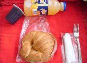 Box lunch  promoción croissant, jugo y gelatina  aprovechalos estan deliciosos ..