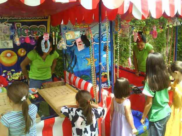 Juegos de destreza tipo feria puestos kermesse ruleta canicas dardos aros loteria registro for Decoracion kermes mexicana