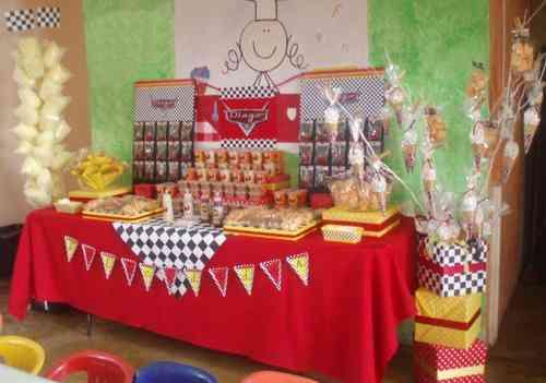 Botana infantil imagui for Mesas de dulces infantiles