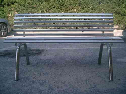 Los mejores dise os en muebles de acero inoxidable for Muebles de acero inoxidable