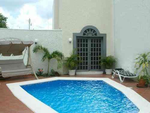 Renta casa residencia merida yucatan al norte con piscina for Casa con piscina zona norte merida