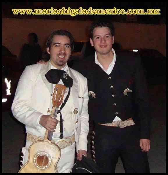 Mariachis profesionales en Atizapan 56146513