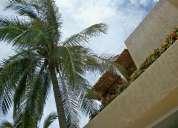 Tres vidas acapulco, villa 5 recamaras, frente al campo de golf y playa privada.