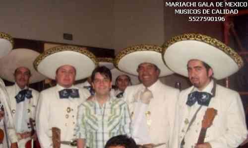 Mariachis por Av Coyoacan Coyoacan 56146513