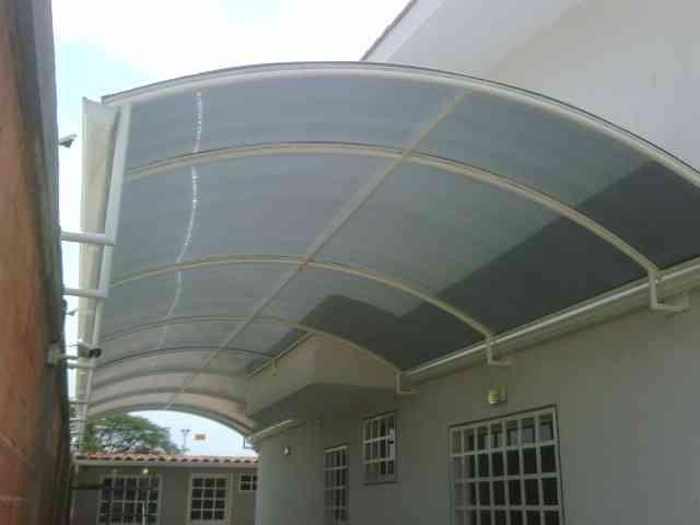 Techos estructuras herreria 15 descuento - Toldos para patios exteriores ...