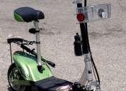 Preciosa scooter electrica.