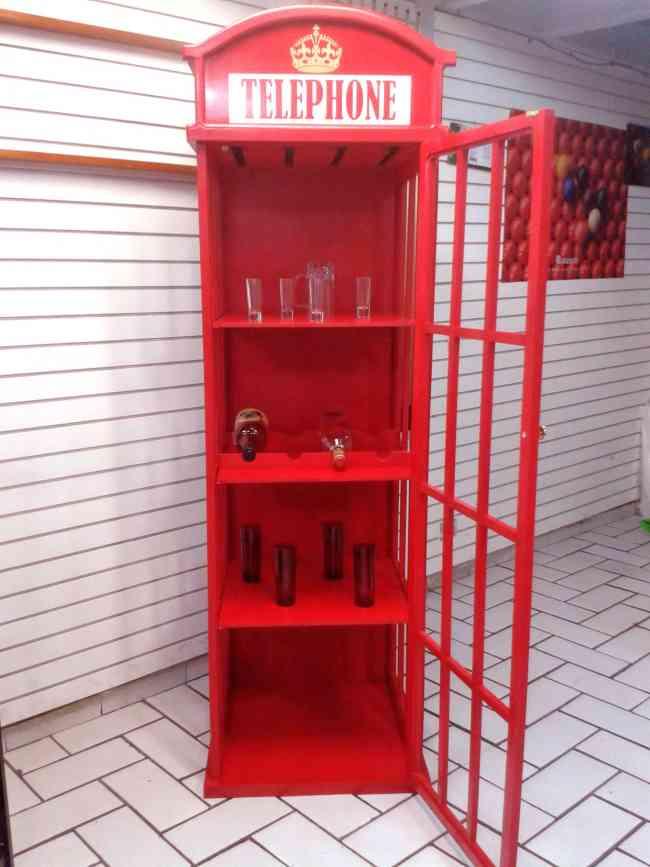 Cantina tipo caseta telefonica inglesa nueva alvaro for Precio de puertas tipo cantina